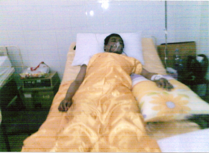 Dr. Dam in hospital0001 (2)